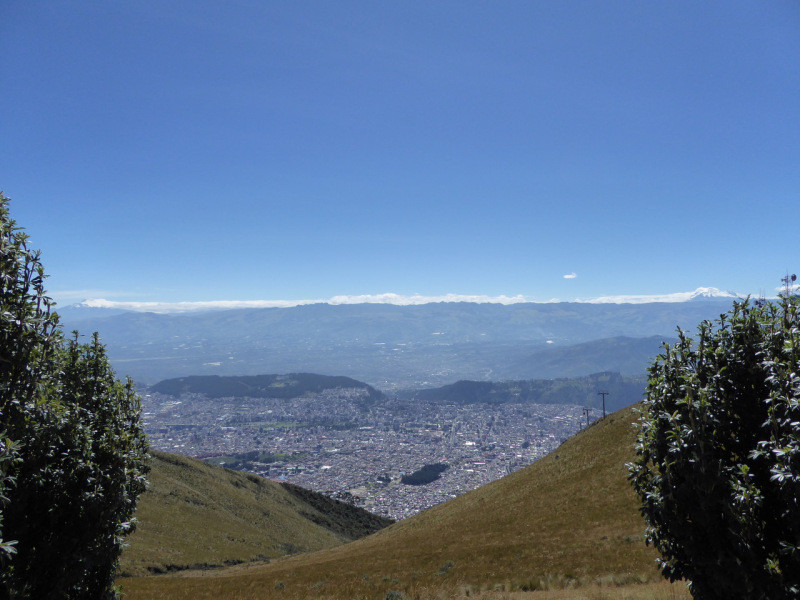 The view of the Volcanoes Avenue from the top of Cruz Loma in Quito