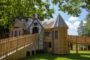 What a beautiful place to play at Little Beaulieu - Welcome to Little Beaulieu