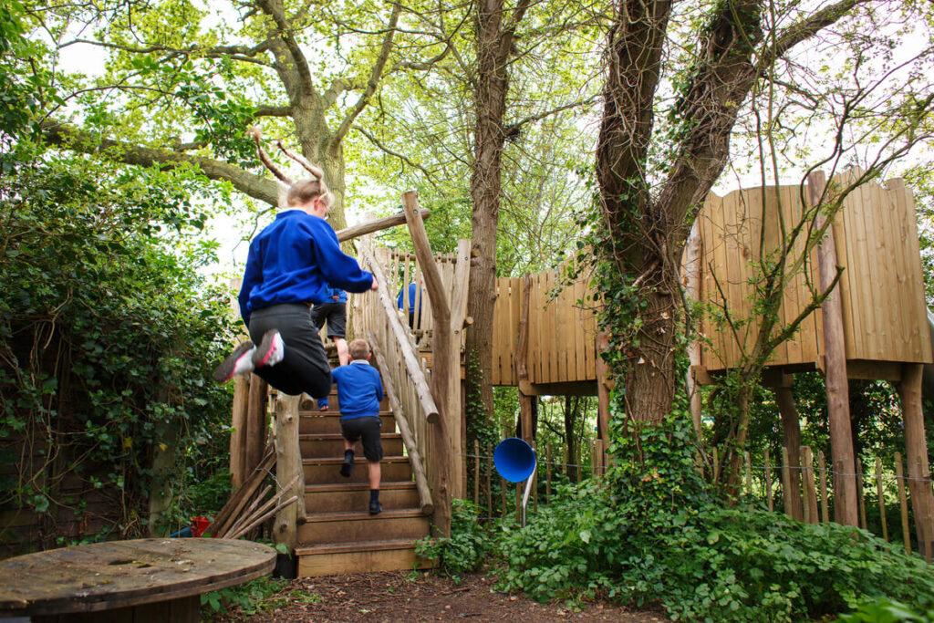 Mundesley school ks2 adventure play 14
