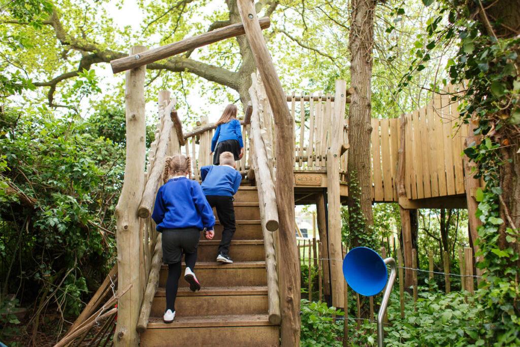 Mundesley school ks2 adventure play 3